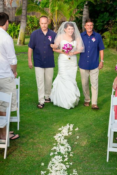 098__Hawaii_Destination_Wedding_Photographer_Ranae_Keane_www.EmotionGalleries.com__140705.jpg