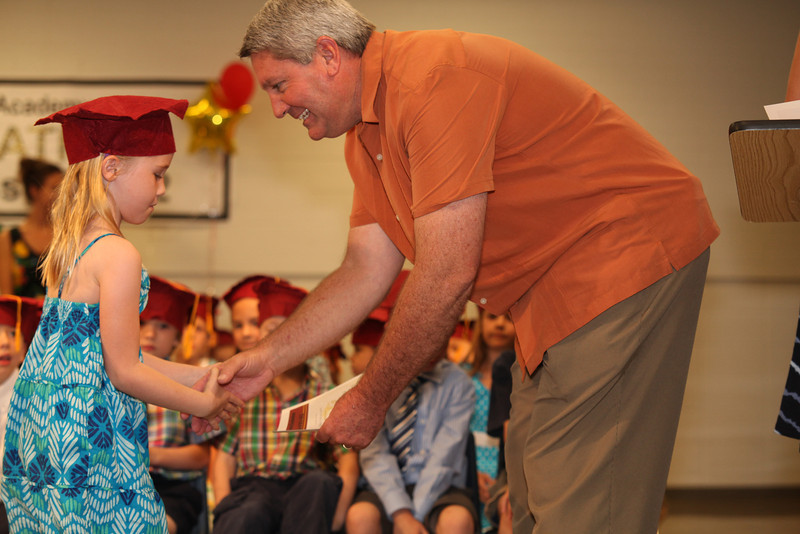 2012May18_MTA Kinder Grad_9710.JPG