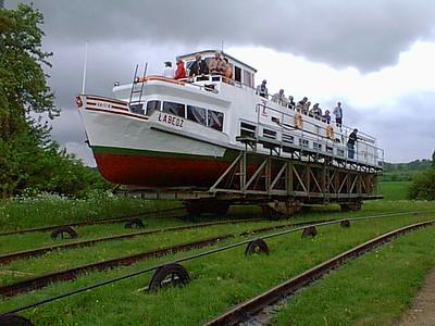 Elblang Canal May 1998