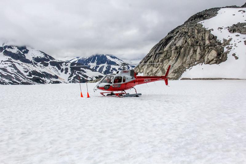 473 skagway helicopter glacier.jpg
