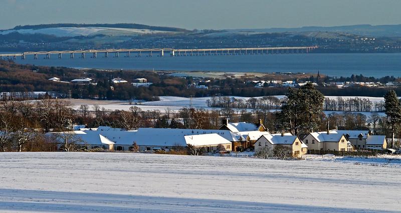 Berryhill and the Tay Rail Bridge  2.40pm, 13/01/15