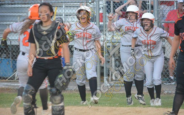 Taunton - Newton North Softball 6-19-18