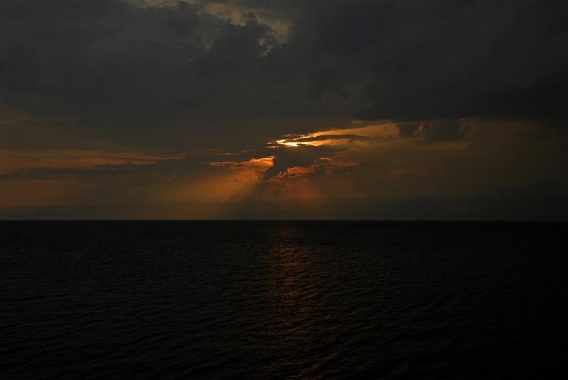 070116 4814 Burundi - Sunset near Bujumbura _E _L ~E ~L.JPG