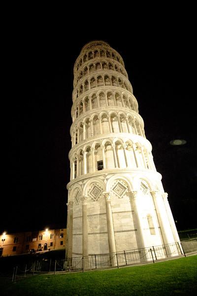 pisa tower - Copy.jpg