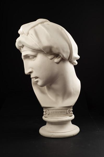 Statues 09-10-2019