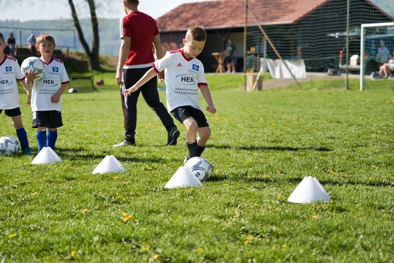 hsv-fussballschule---wochendendcamp-hannm-am-22-und-23042019-u11_32787654627_o.jpg