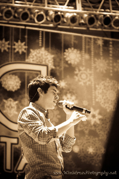 20111219_MusicArchuleta_0079.jpg