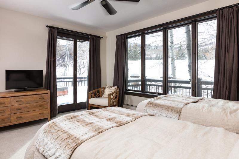 BeaverCreek-Residence-FairviewRetreat-Bedroom3-0439.jpg