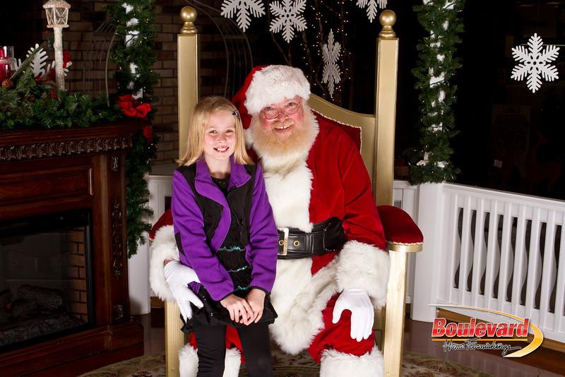 Santa Dec 15-308.jpg