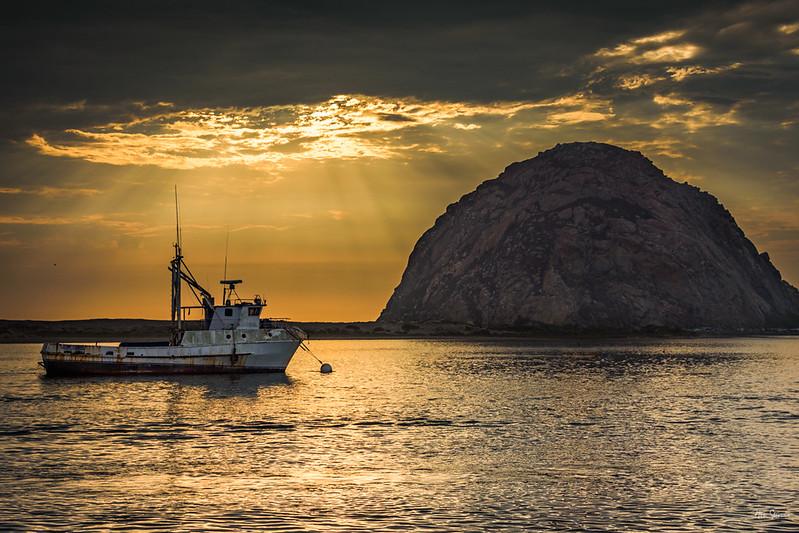 Morro Boat.jpg