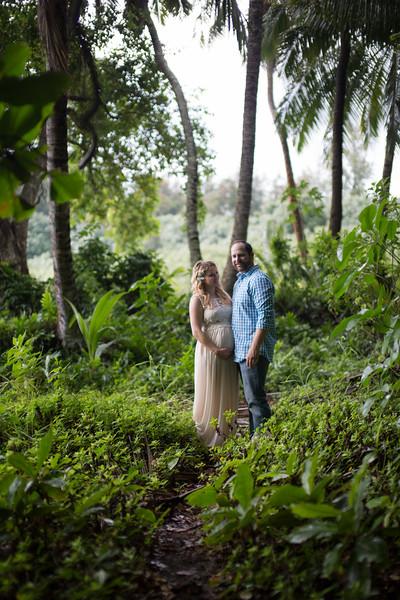 Kauai maternity photography-72.jpg