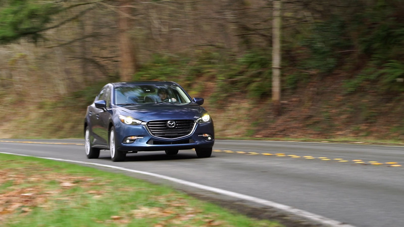 2017 Mazda3 Grand Touring Driving Reel