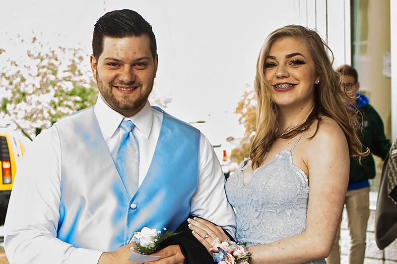 Lamphere Prom 2018 - NikiCollis (11).jpg