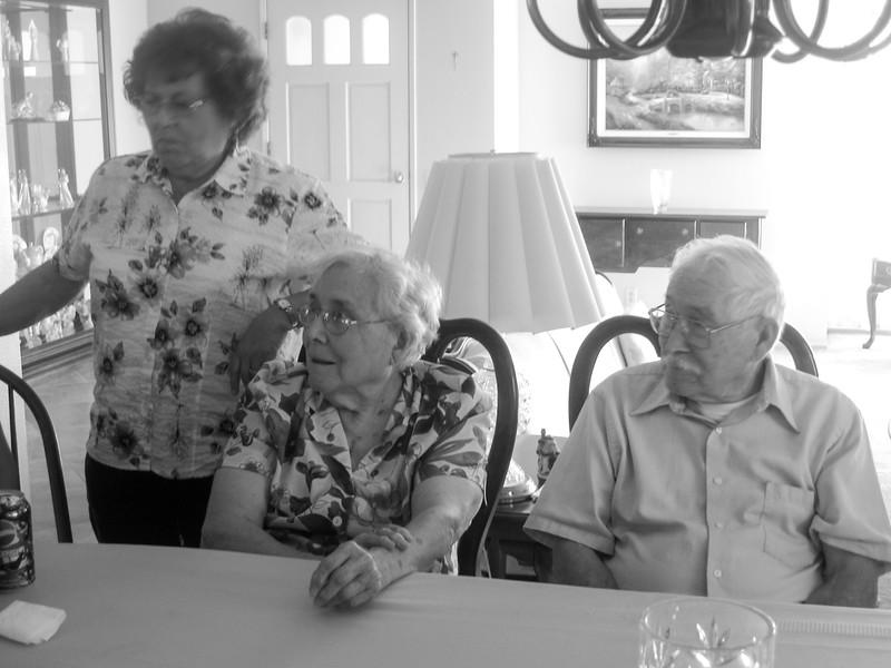 080927 Reunion at Dorothy and Ken-51.jpg
