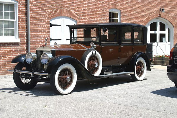 Randall & Olean Andrae<br>1925 Limo - S387RK