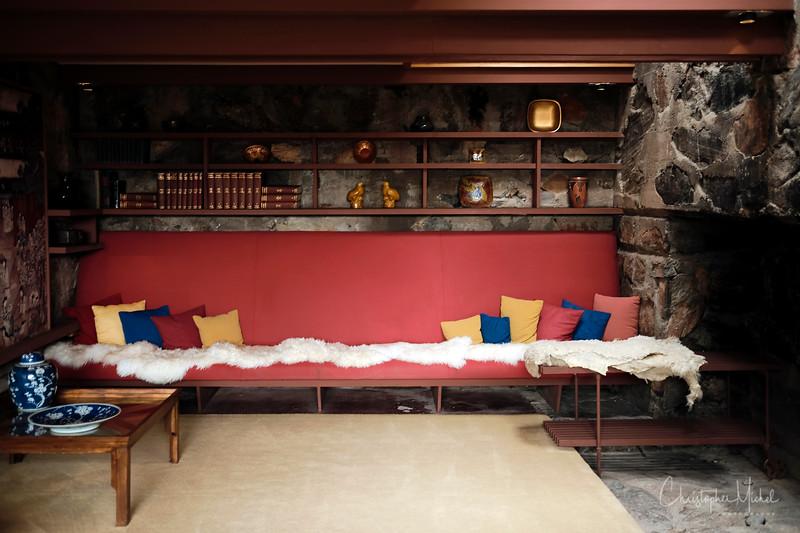 1-22-17218938Taliesin West - Frank Lloyd Wright.jpg