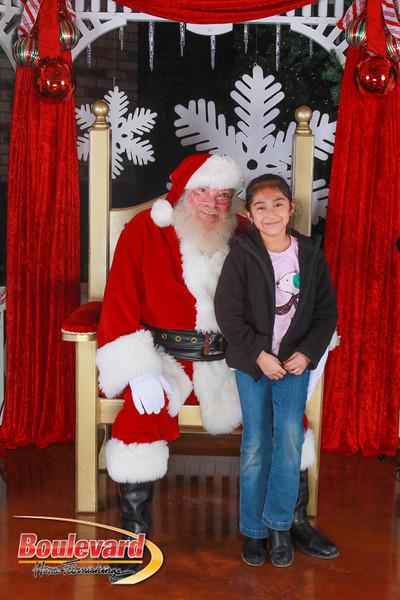 Santa 12-10-16-404.jpg