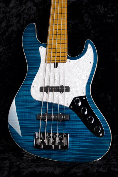 J5 Bass - Maple Top #3572, Transparent Blue, Grosh Vintage J pickups