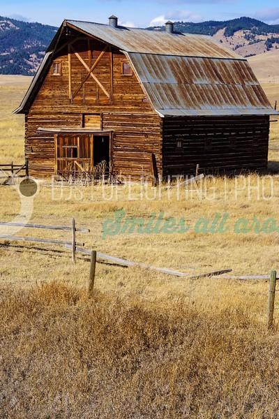 Old-Barn_batch_batch.jpg