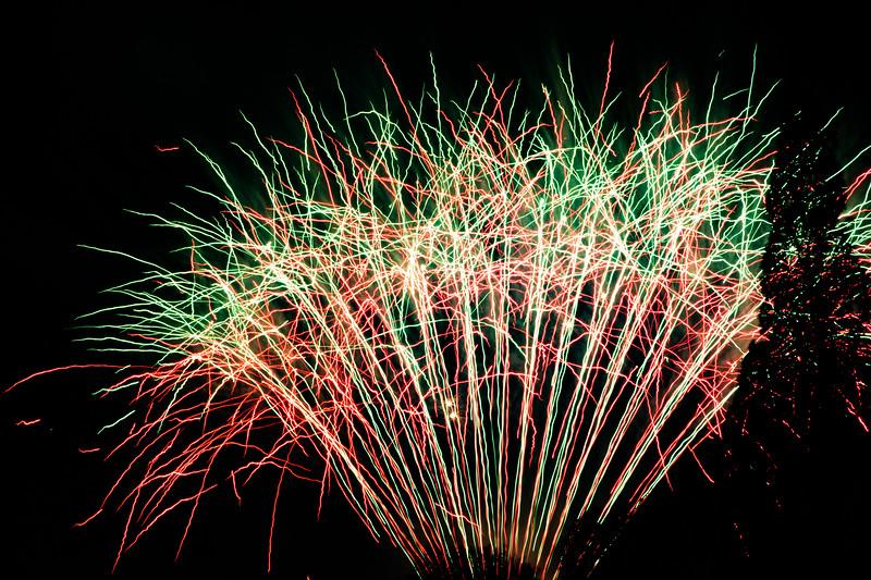 2018 - Dunorlan Park Fireworks 009_