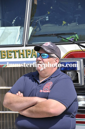 FF KEVIN O'TOOLE HOME COMING AND AUDLEY CIRCLE HOUSE FIRE 4-21-12