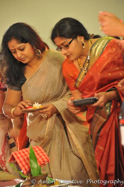 2013-10-13_DurgaPuja_Navami@KallolNJ_35.jpg