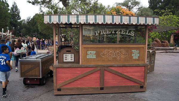 Disneyland Resort, Disneyland, Frontierland, Pretzel, Cart