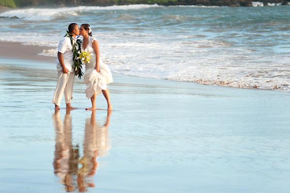 Poolenalena beach-Din082911