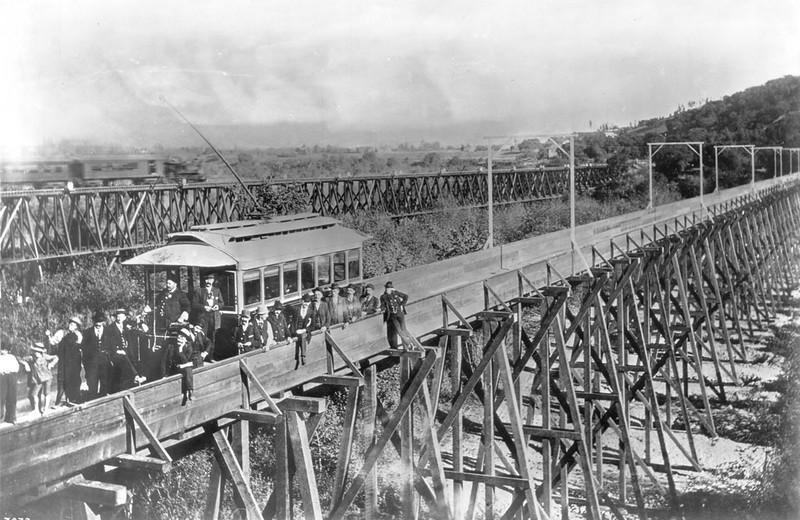 Bridge across the Arroyo Seco at Garvanza
