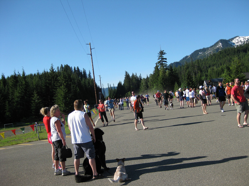 And the race starts.  First everyone has to run about 1/2 mile or so to spread out the pack.  The first couple of miles of the trail is through a pitch black tunnel, so speading everyone out is a must.