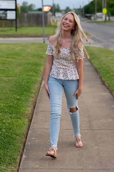 Lauren Outside The Monterey