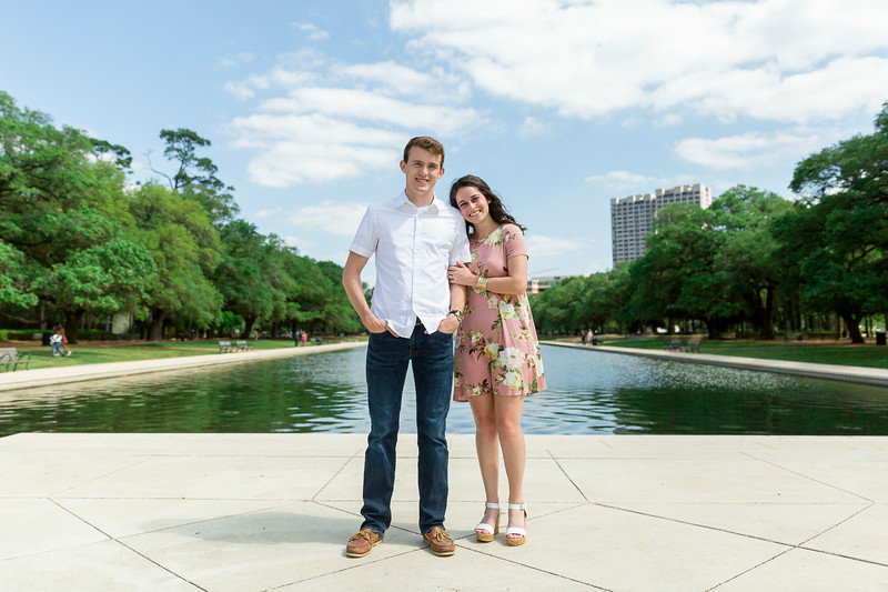 Daria_Ratliff_Photography_Hannah_John_Engagement_Memorial_Hermann_Park_002.JPG