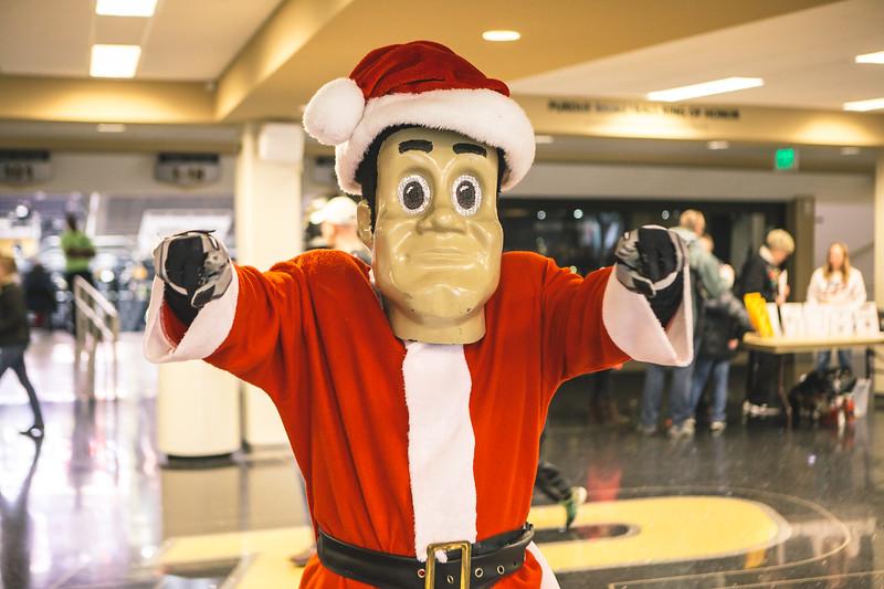 Purdue takes on Eastern Washington in Mackey Arena on December 17, 2017