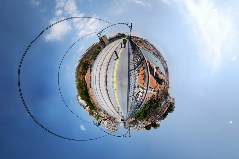 Porto Bridge 3 HDR Panorama planet.jpg