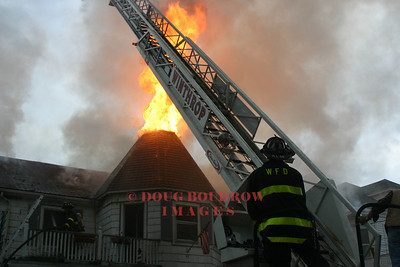 Winthrop, MA - 2nd Alarm, 25 Pearl Ave, 5-4-05