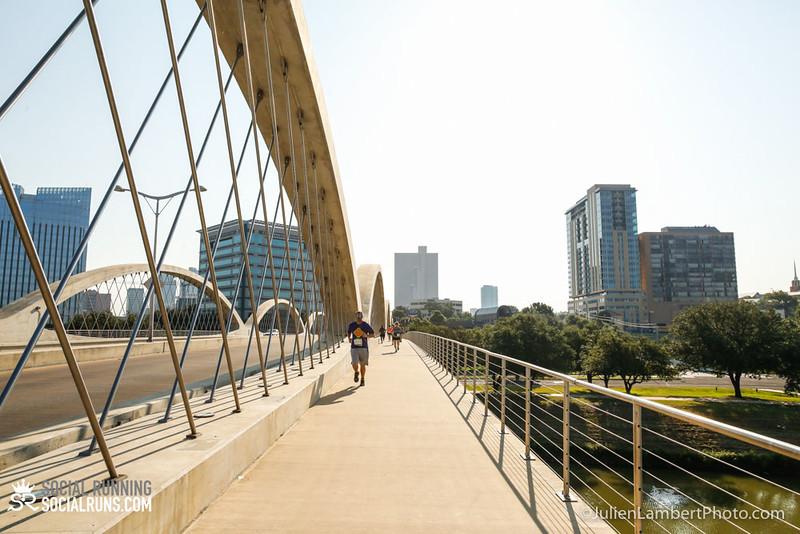 Fort Worth-Social Running_917-0380.jpg