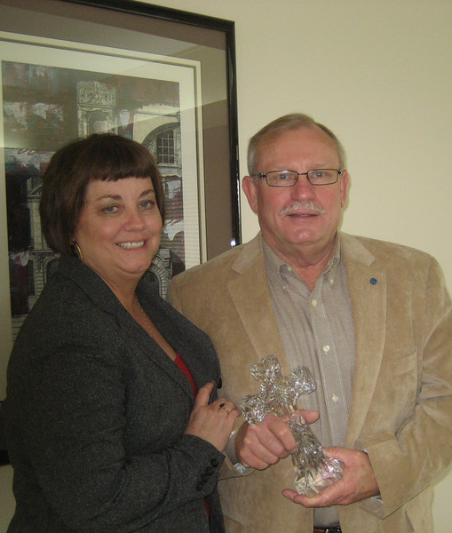 2011 04-01 Retiring construction manager Darren Kelley with wife Donna.  bs