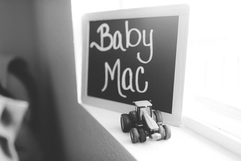 Aiden McFarland Newborn ~ 8.2014-202.jpg