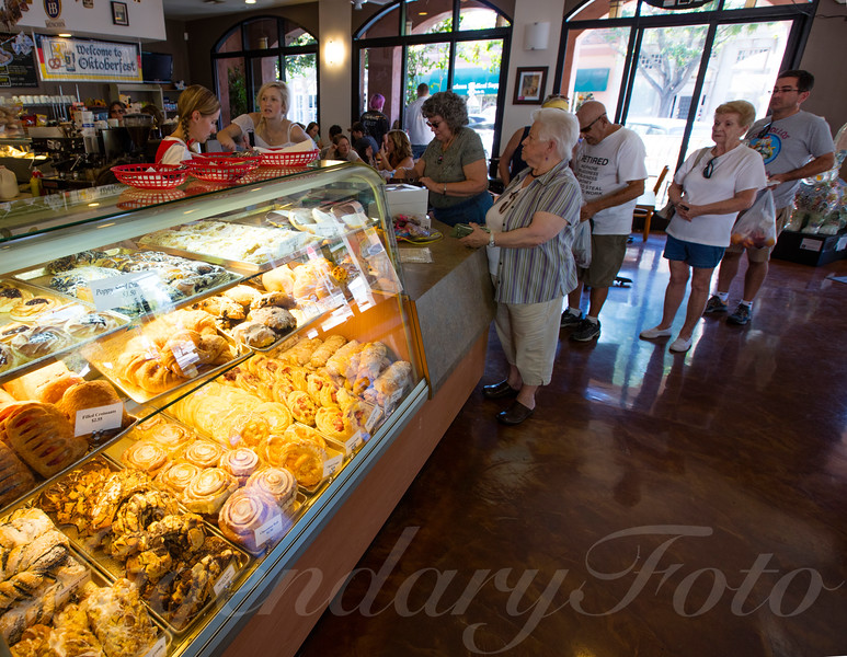 Pure Grain Bakery' s Oktoberfest 2015