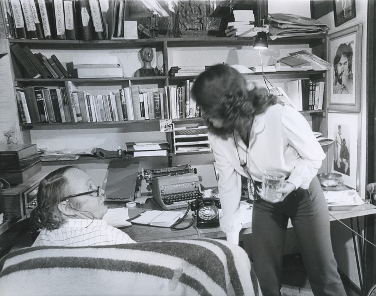 1980 - Oakley in his office.jpeg