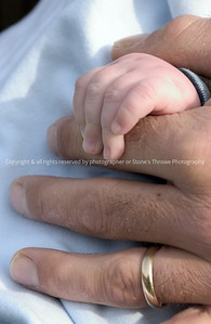 016-hands-nlg-29oct05-1722