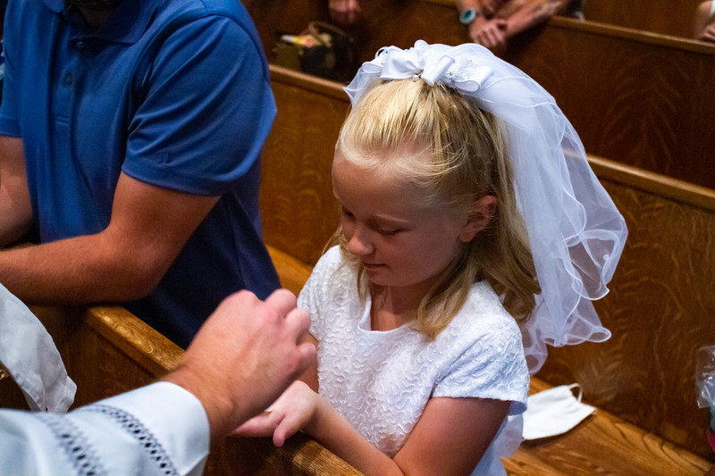CNP_SUNDAY_FIRST_COMMUNION-55.jpg