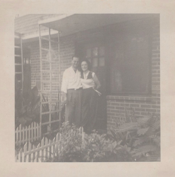 1949 Don and Viv Konyha Honeymoon.jpeg