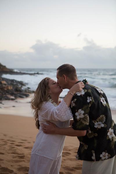 Kauai-sunrise-wedding-9.jpg