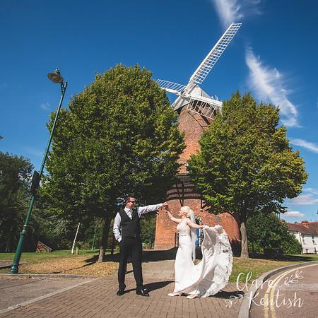 Vikki & James @ Rayleigh Windmill