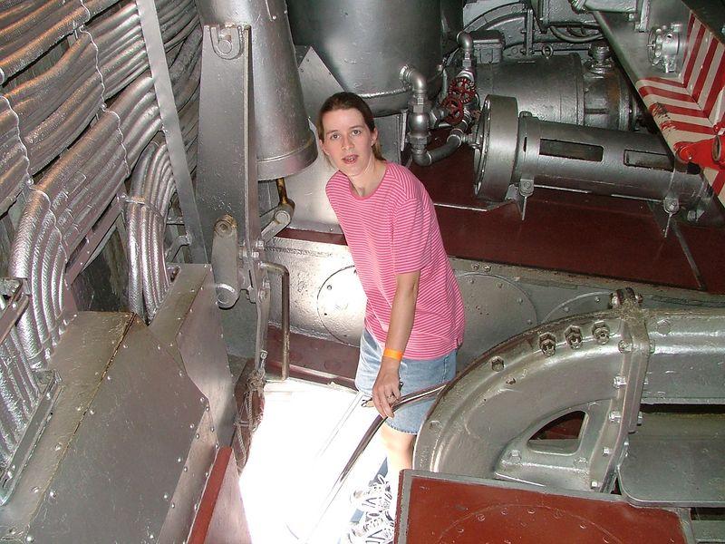 2004_0702_Battleship0095.JPG