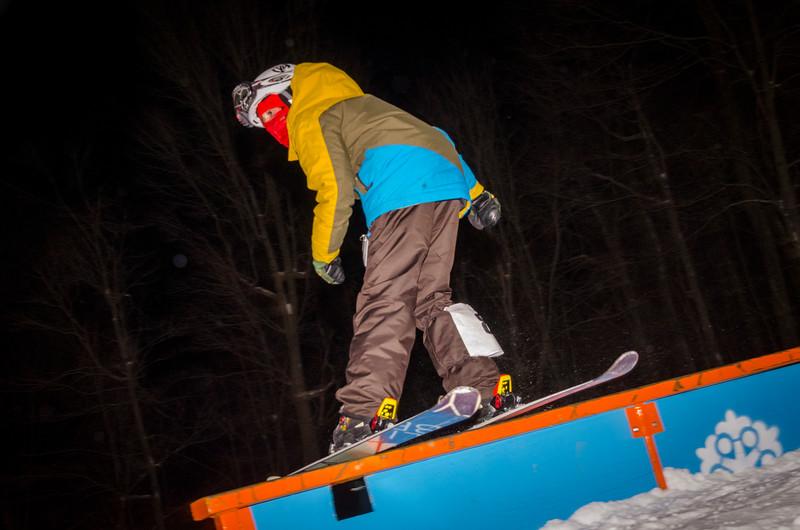 Nighttime-Rail-Jam_Snow-Trails-70.jpg
