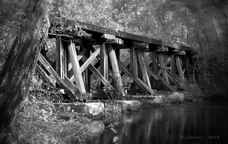 robc-st_peters_village-trestle_bridge__7_20141019_2067565109.jpg