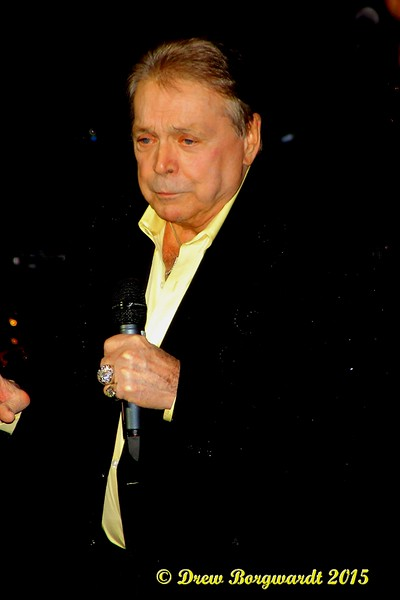 Mickey Gilley at Shoctor Theatre 028