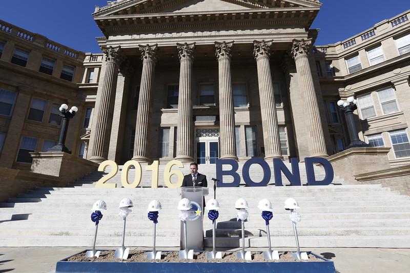 110118EPISD-Bond256.JPG
